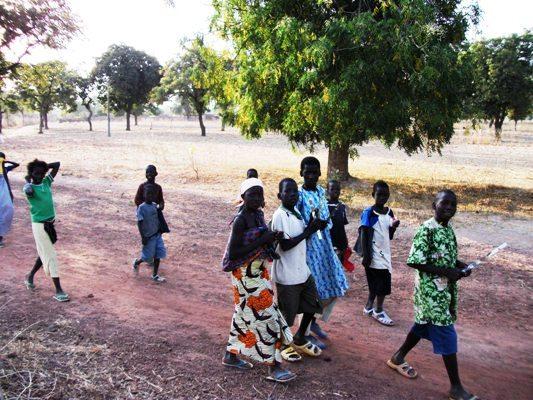 Vont-ils tous finir les études, ces élèves au village?