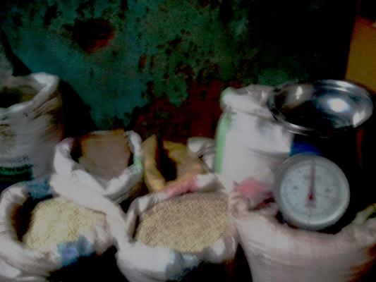 les c r ales constituent des monnaies locales en t les informations depuis les villages maliens. Black Bedroom Furniture Sets. Home Design Ideas